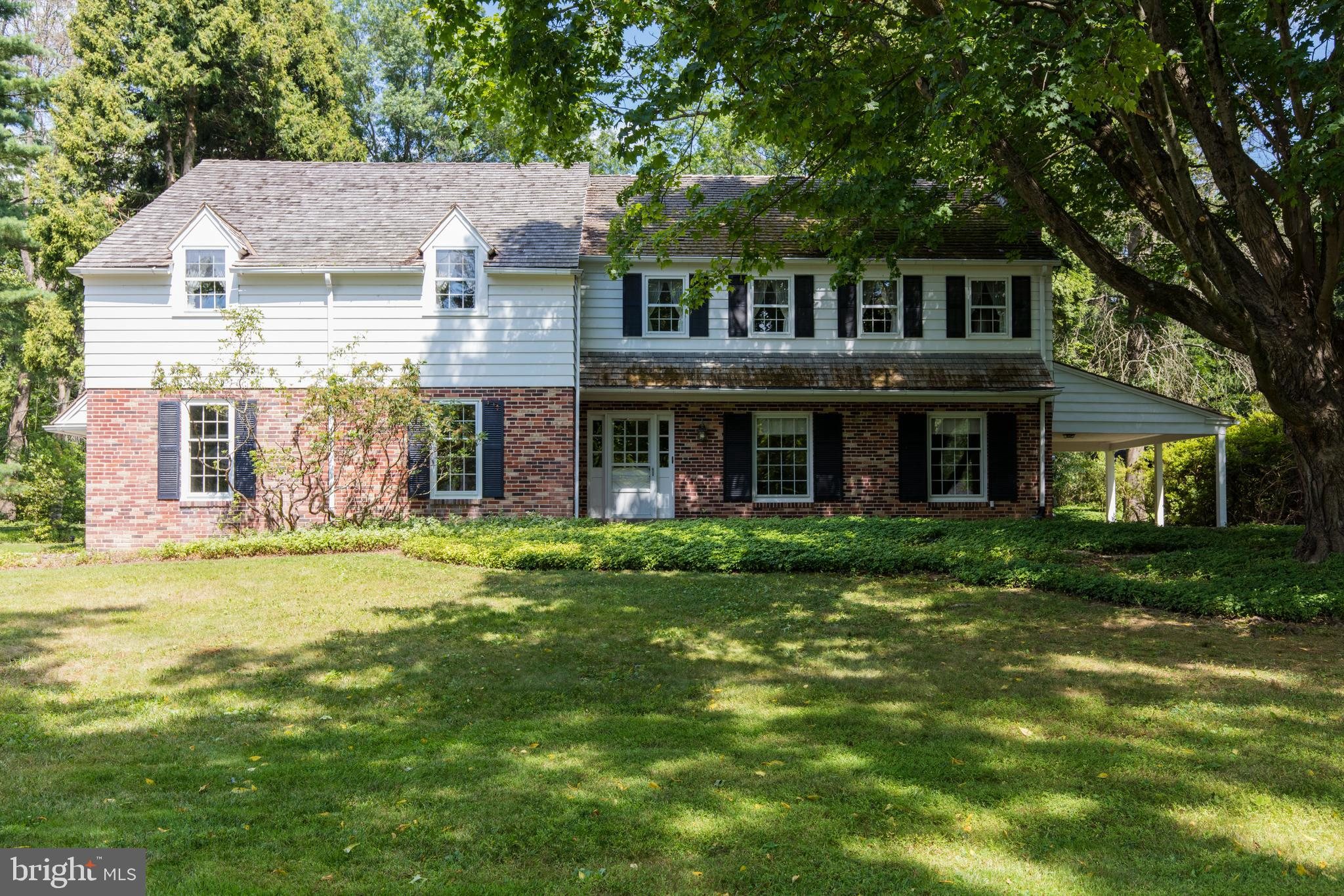 This attractive Colonial sits on a one acre level lot in a highly sought after Devon neighborhood.  The 3,148 sq. ft. house, built in 1964, features 5 bedrooms, 3 1/2 bathrooms, a family room, 2 outdoor porches and an attached 2 car garage.  Both the living room and family room have wood burning fireplaces.  The house has what many consider the ideal HVAC setup, with a natural gas fired hot water baseboard heating system and a separate high velocity central air conditioning system. There is a laundry room adjacent to the eat in kitchen with a rear door leading to a screened in porch with a brick floor.  A rear brick patio and a covered side porch are perfect for families and entertaining.  This house is ideal for a family looking for a beautiful Devon property with low taxes and the award winning TE School District.  Don't miss this opportunity to own this wonderful home in an ideal Devon location.