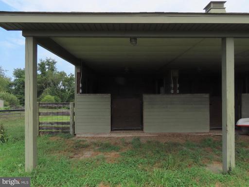 369 Hinsons Ford Rd Amissville VA 20106