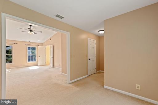 6519 Trillium House Ln Centreville VA 20120