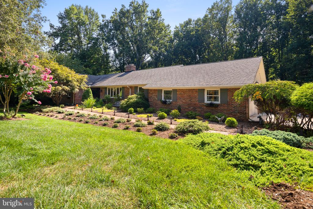 10910 Watermill Ct