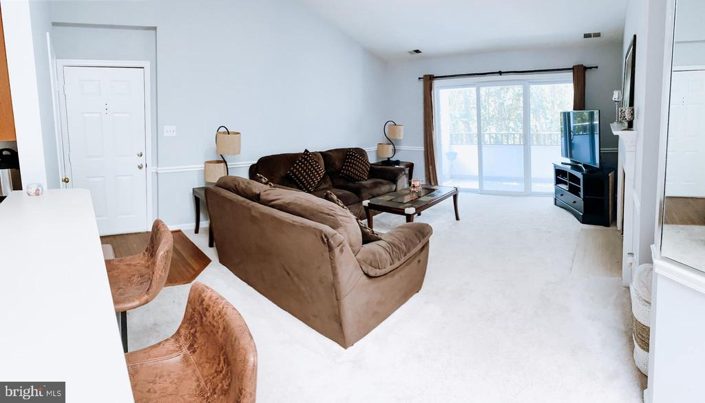 Photo of 7713 Lafayette Forest Dr #33