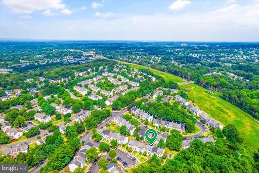 14104 Rocky Valley Dr Centreville VA 20121