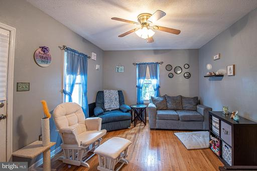 312 Cable Pl, Front Royal 22630
