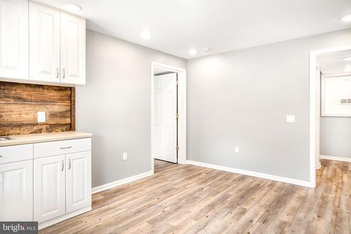 500 Ritenour Hollow Rd, Middletown 22645