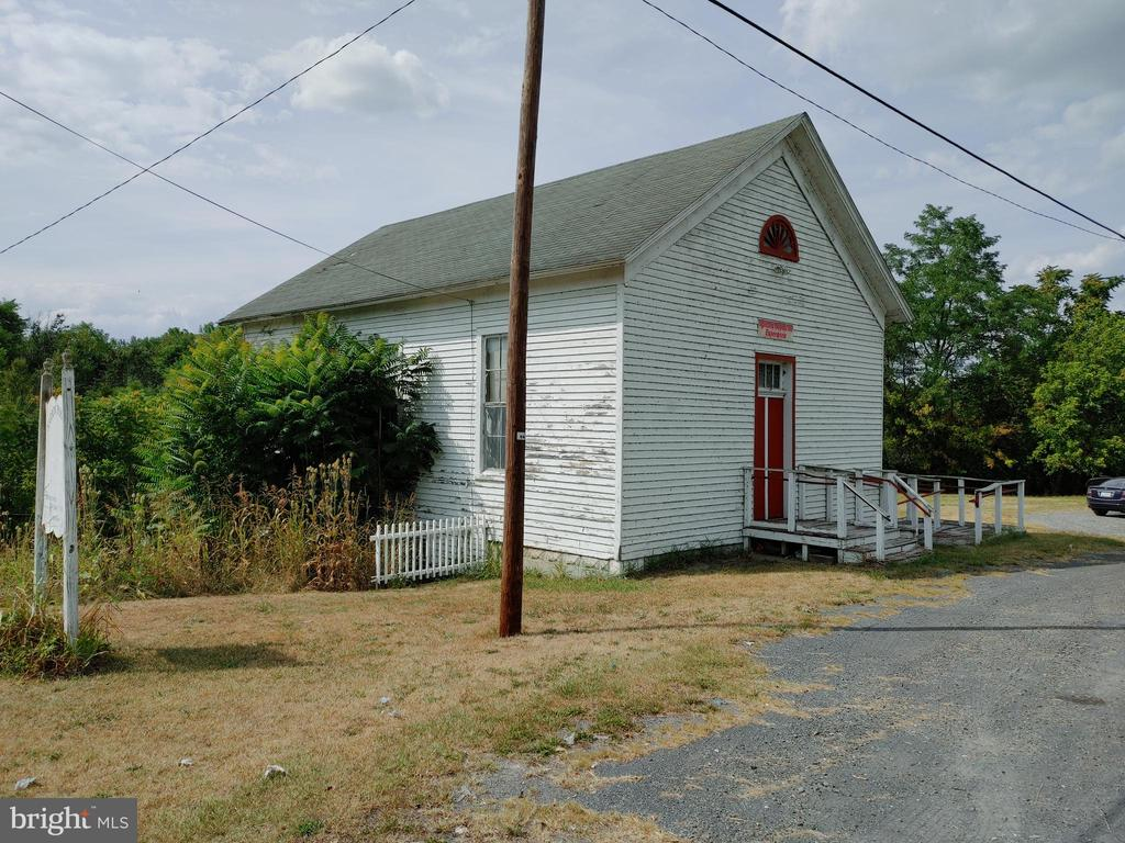 Photo of 17623 Old Valley Pike
