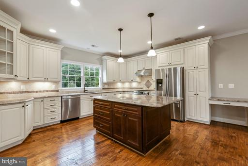 6204 Sudley Forest Ct Centreville VA 20120