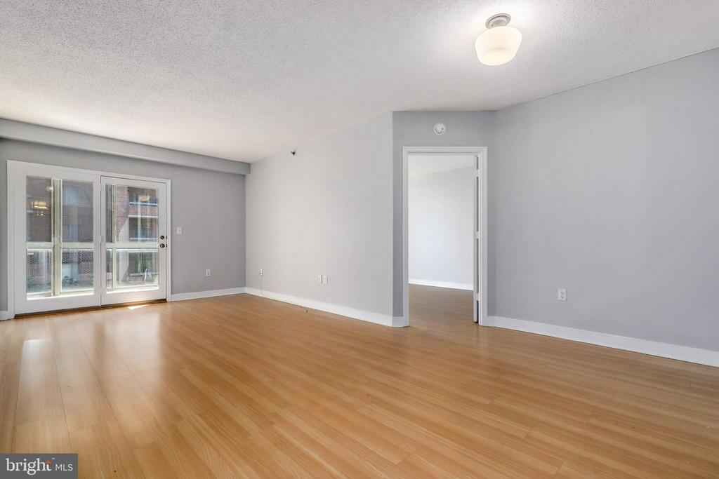 Photo of 1050 N Taylor St #1-408