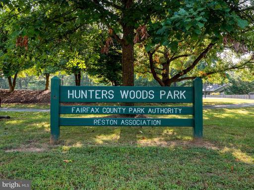 2308 Hunters Square Ct Reston VA 20191