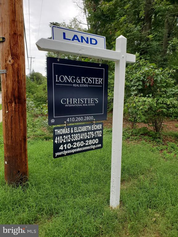 Value is in the land. Land is sub-dividable. Up to 4 homes can be built. Terrain has completed a lot of the engineering and we have sketch plans, conceptual drawings, site plans etc. This is a prime location in Severna Park. There is an existing home on site.  Close to schools, shopping, restaurants and B and A trail. Only minutes from Annapolis and commuter routes. Be sure to check out the drone video to see the lay of the land.  SEE DOCUMENTS FOR ENGINEERING, CONCEPTUAL DRAWINGS, EASEMENT AGREEMENT, ETC. Also listed under land...MDAA2006900