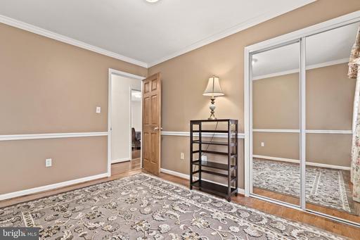 4870 Sideburn Rd Fairfax VA 22032