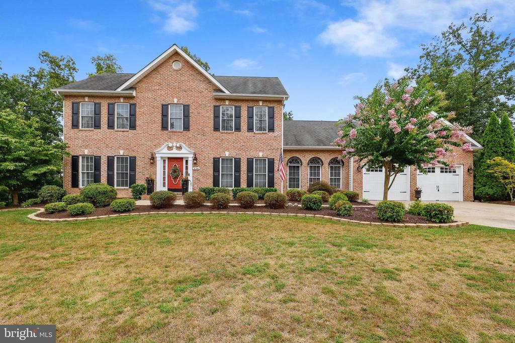 334 Clydesdale Dr