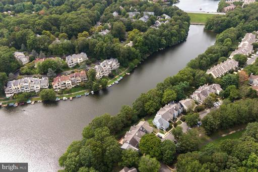 2080 Lake Audubon Ct Reston VA 20191