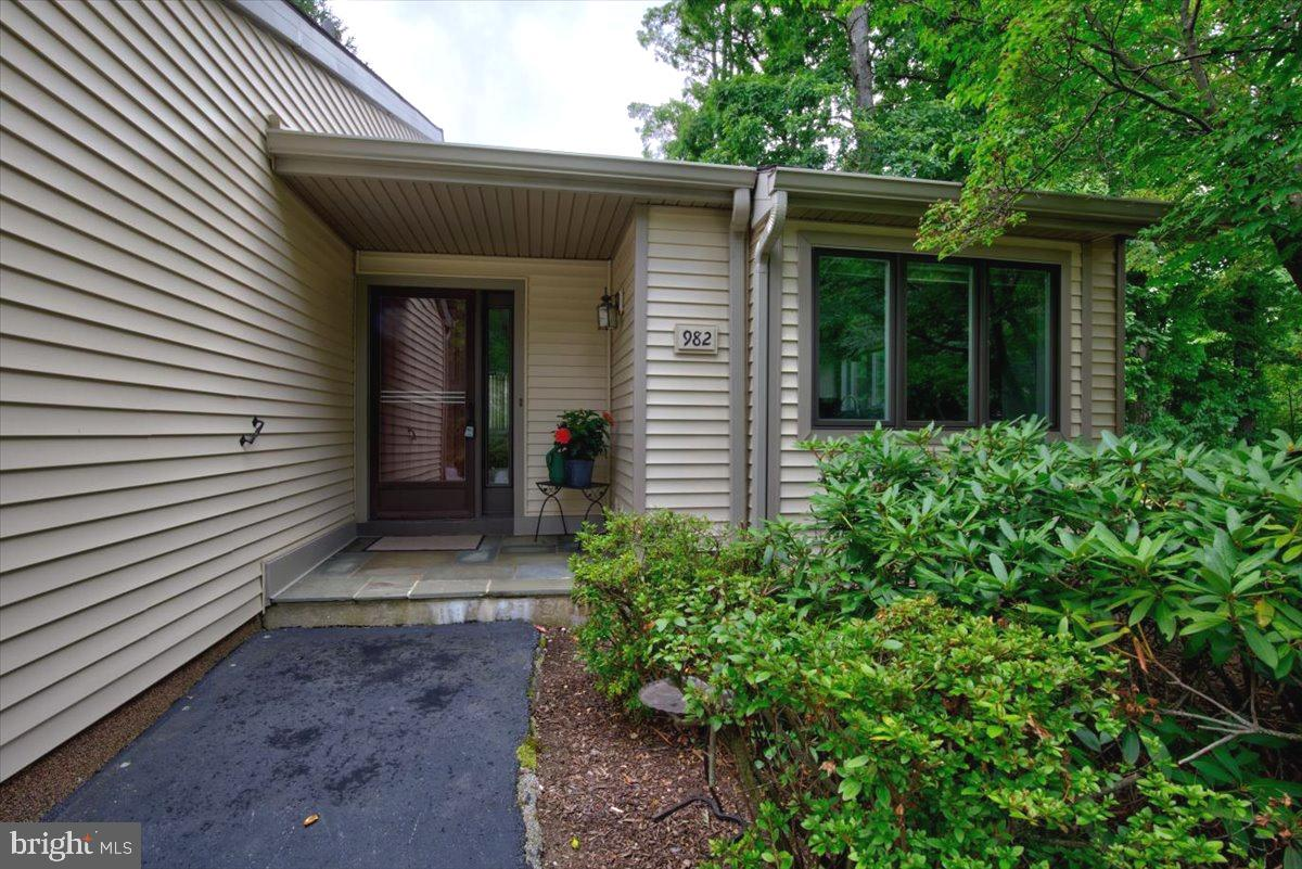 982 Kennett Way West Chester, PA 19380