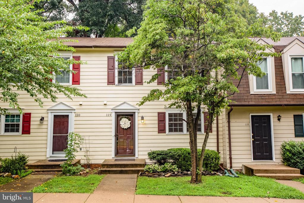 What a great location to Downtown Fredericksburg.  Why rent when you can own your own home.  This home has 2 huge bedrooms and 1.5 baths.  The wonderful kitchen provides lots of cabinets for storage and lots of light.  There is a new rear deck to step outside and entertain.