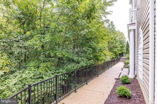13310 Summer Garden Walk Centreville VA 20120