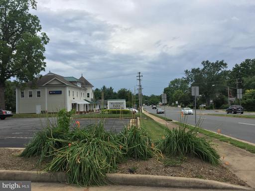 602 S King St #402 (401) New Id Leesburg VA 20175