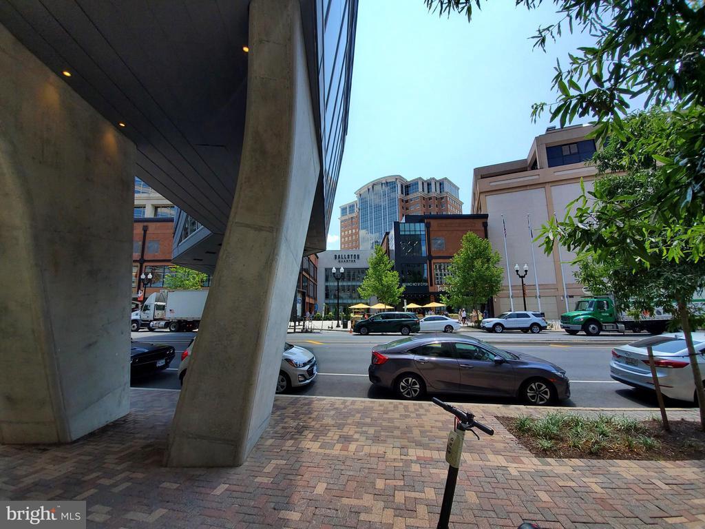 Photo of 4141 N Henderson Rd #215
