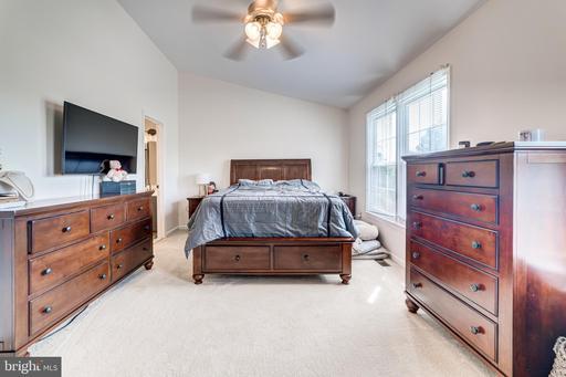 14110 Rocky Valley Dr Centreville VA 20121