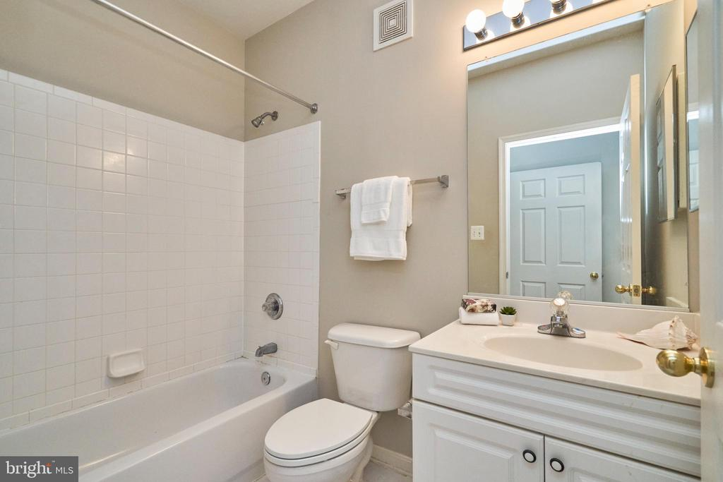 Photo of 2653 Park Tower Dr #103