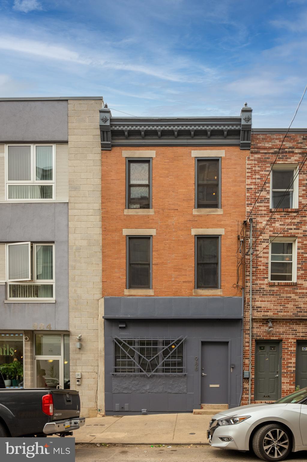 988 N 2nd St, Philadelphia, PA, 19123