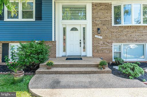14531 Lock Dr Centreville VA 20120