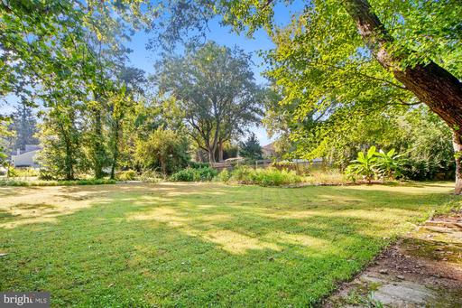 4019 Hirst Dr, Annandale 22003