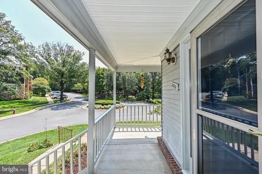 3956 Rosebay Ct Fairfax VA 22033