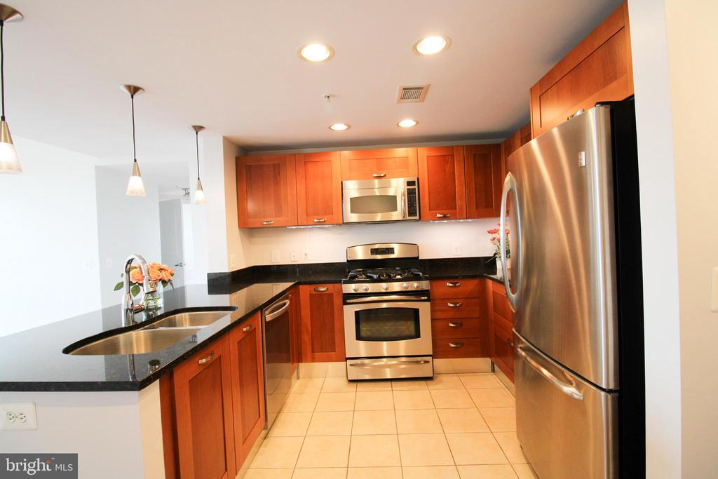 Photo of 2451 Midtown Ave #1115