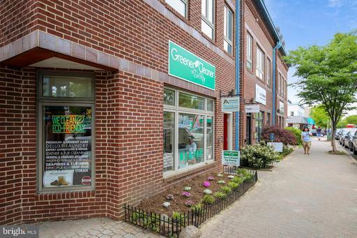 207 Commonwealth Ave Alexandria VA 22301