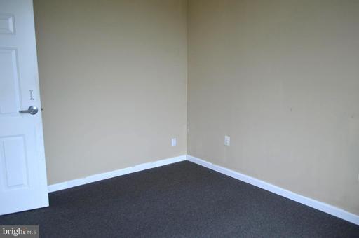 14641 Lee Hwy #203 Centreville VA 20121