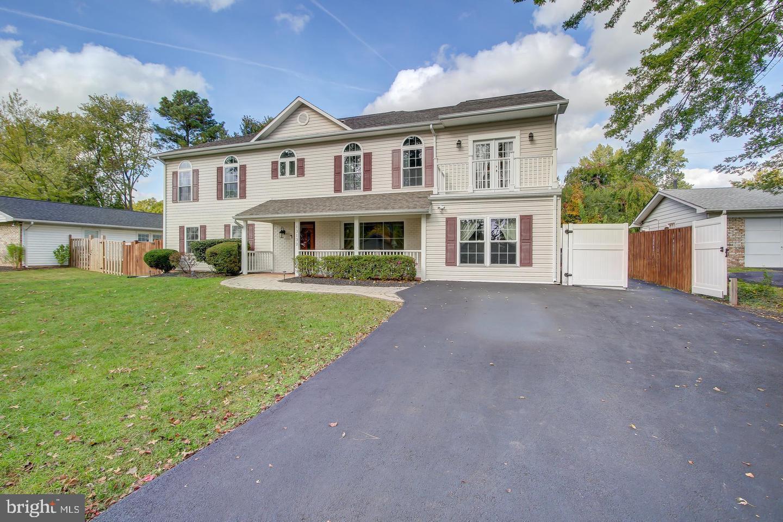 13132 Pennypacker Lane   - Fairfax, Virginia 22033