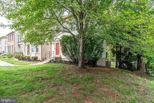 5680 Chapel Run Ct Centreville VA 20120