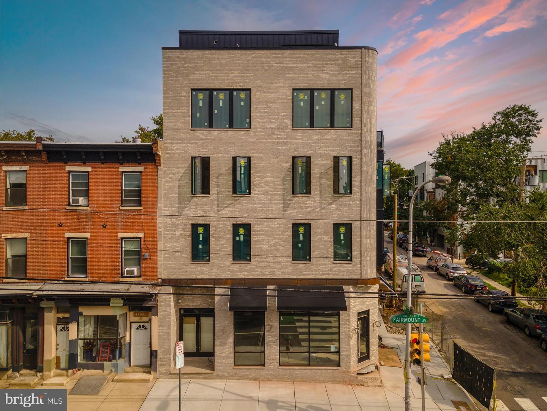 1801 Fairmount Avenue UNIT 3C Philadelphia, PA 19130