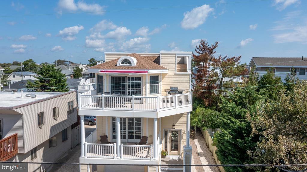 211 Liberty Avenue, Beach Haven, NJ 08008