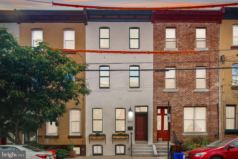 854 N 29th Street Philadelphia, PA 19130