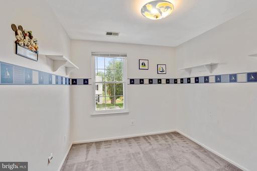 14801 Basingstoke Loop Centreville VA 20120