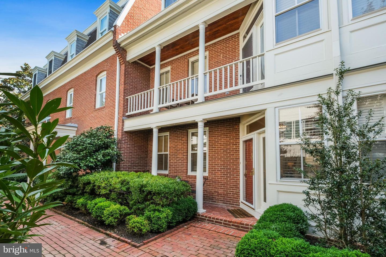 312 Columbus Street  #8 - Alexandria, Virginia 22314