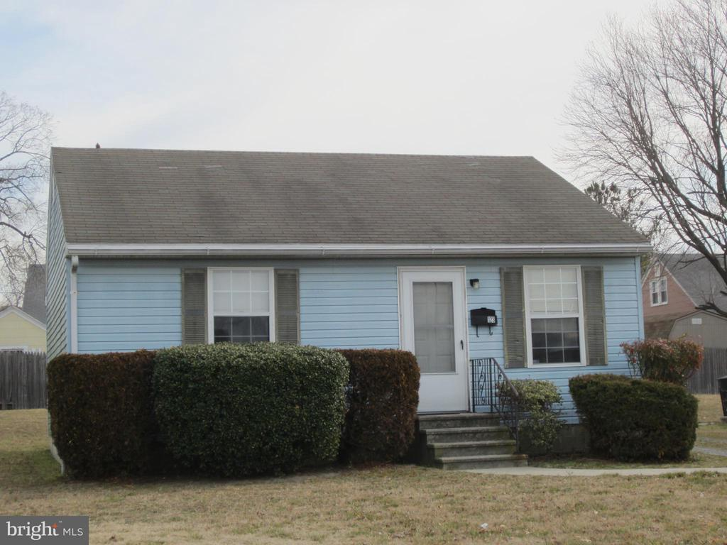 This single-story house is conveniently located near the Post Office on Route 50. It has an open living room, eat-in kitchen, bathroom, and two bedrooms. Appliances include refrigerator, electric stove, and washer (dryer not included). Features include electric baseboard heat, vinyl windows, driveway parking, and fresh paint. Tenant is responsible for utilities (electric, water/sewer/trash) and lawn care. Ready for move-in.      Application Requirements: Good rental history, income $3,000/month, & FICO 600+.