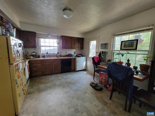 232 Old Lynchburg Rd Charlottesville VA 22903