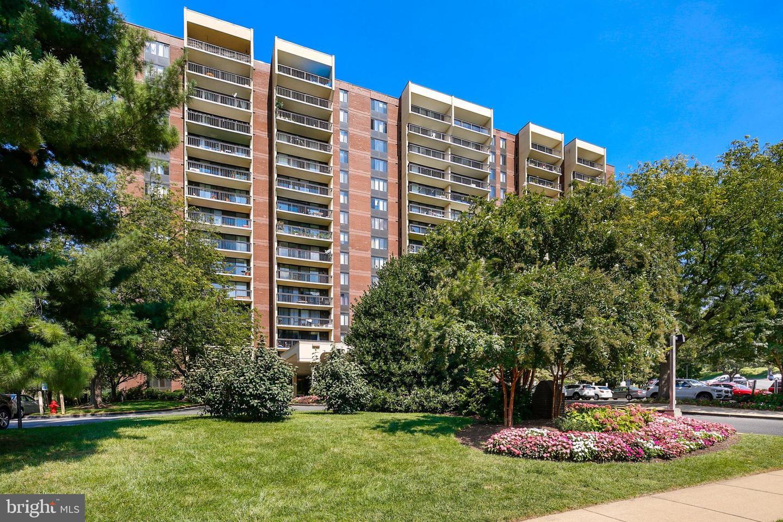 7401 Westlake Terrace  #514 - Bethesda, Maryland 20817
