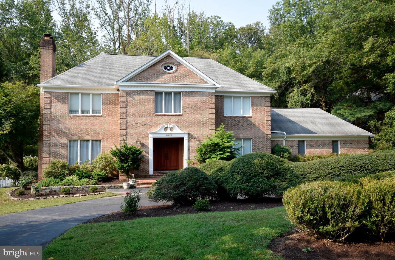 7305 Linganore Court   - Mclean, Virginia 22102