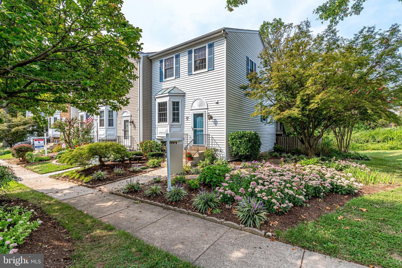 3620 Buckeye Court   - Fairfax, Virginia 22033