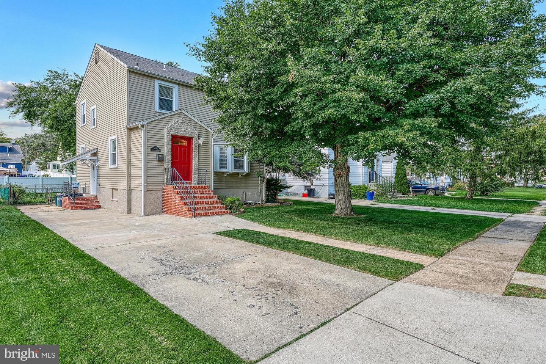 3027 Parktowne Avenue   - Parkville, Maryland 21234