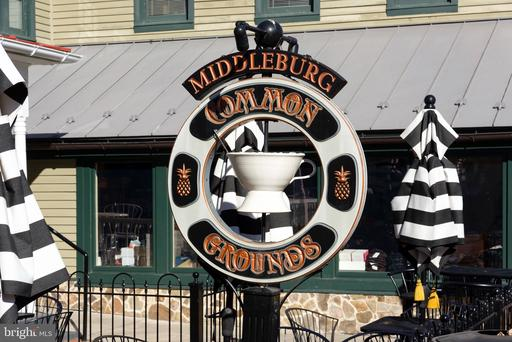 17 S Madison St Middleburg VA 20117
