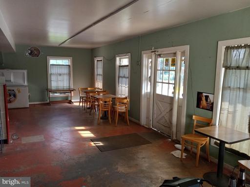 5090 Old Tavern Rd The Plains VA 20198