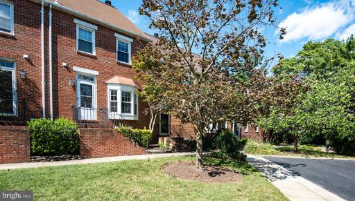 409 Old Town Ct