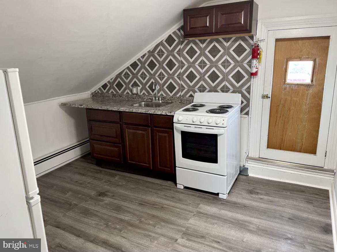 Welcome to this studio 3rd floor apartment located in the heart of Pottstown. This rental offers new flooring, kitchen range, and cabinetry. It also has a spacious closet for all your storage needs and one off street parking spot.  Schedule your showing today!