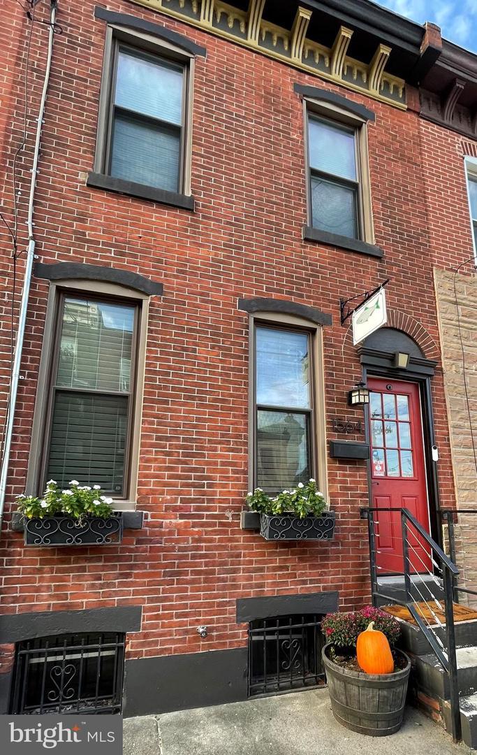 1564 E Berks Philadelphia, PA 19125