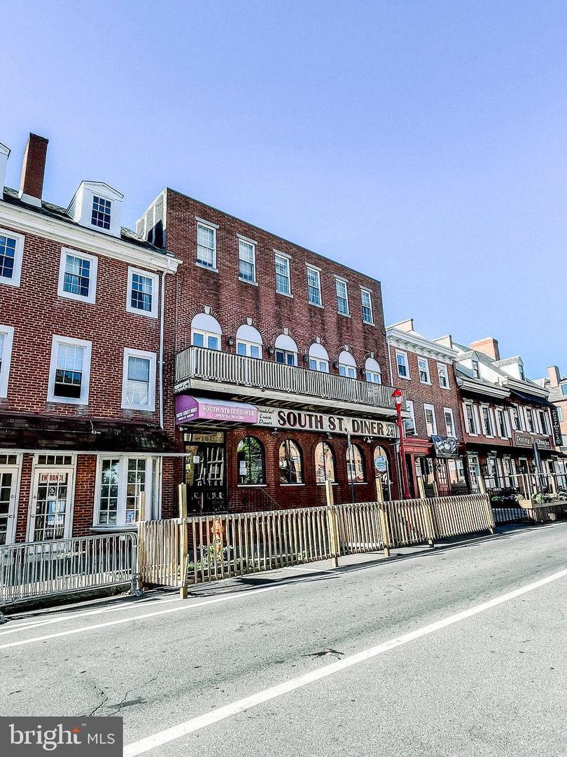140 SOUTH S Hancock Street Philadelphia, PA 19147