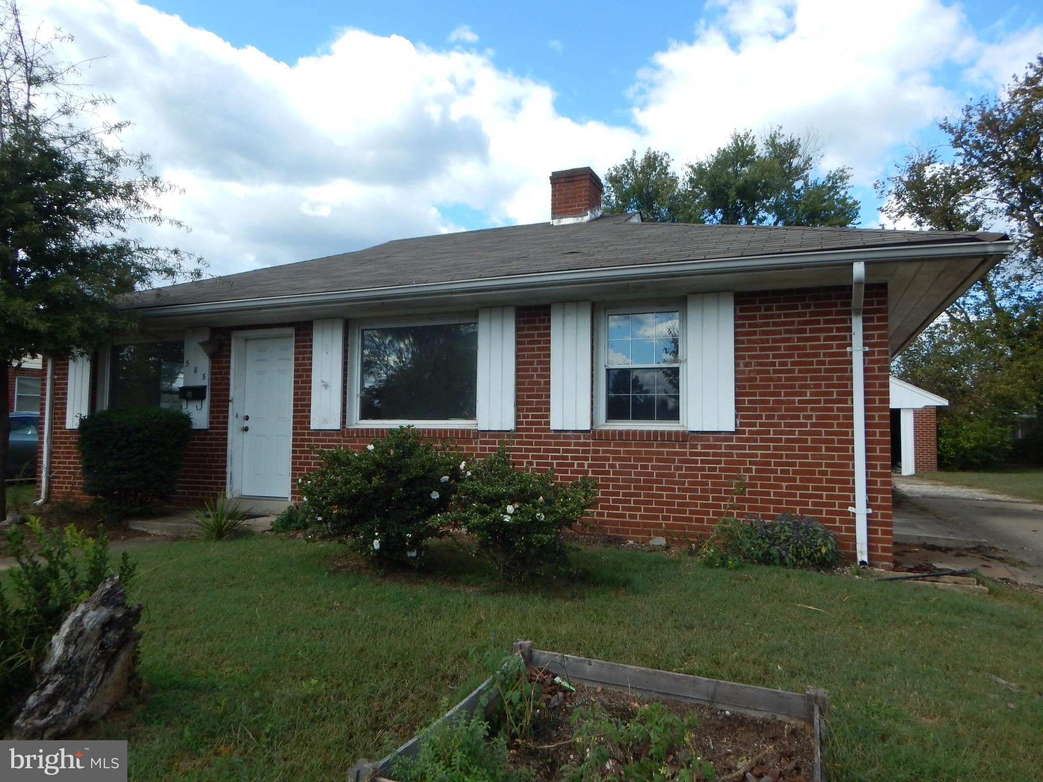 505 Hanson Avenue, Fredericksburg, VA 22401